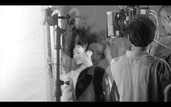 filmymantra-deepika-padukone-2015-02-28-at-11.57.43-am