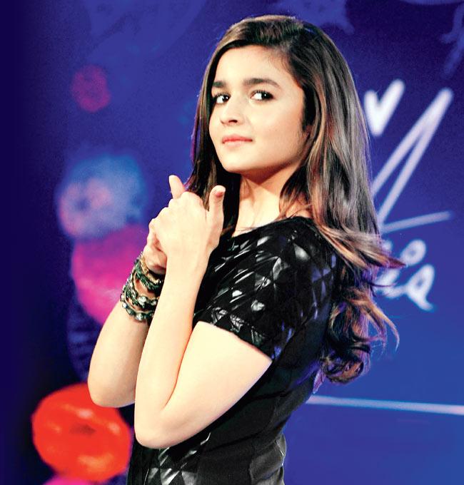 22-Alia-Bhatt