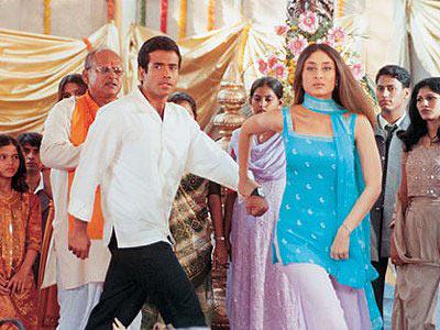 Image result for tusshar kapoor kareena kapoor