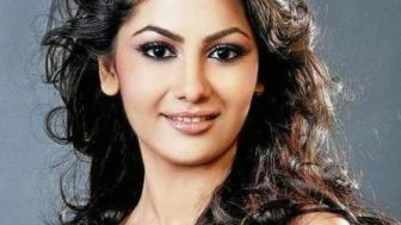 Sriti Jha : Biography, wiki, age, height, instagram, family