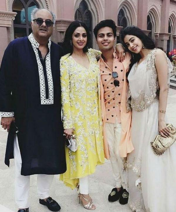 Jhanvi Kapoor And Akshat Ranjan