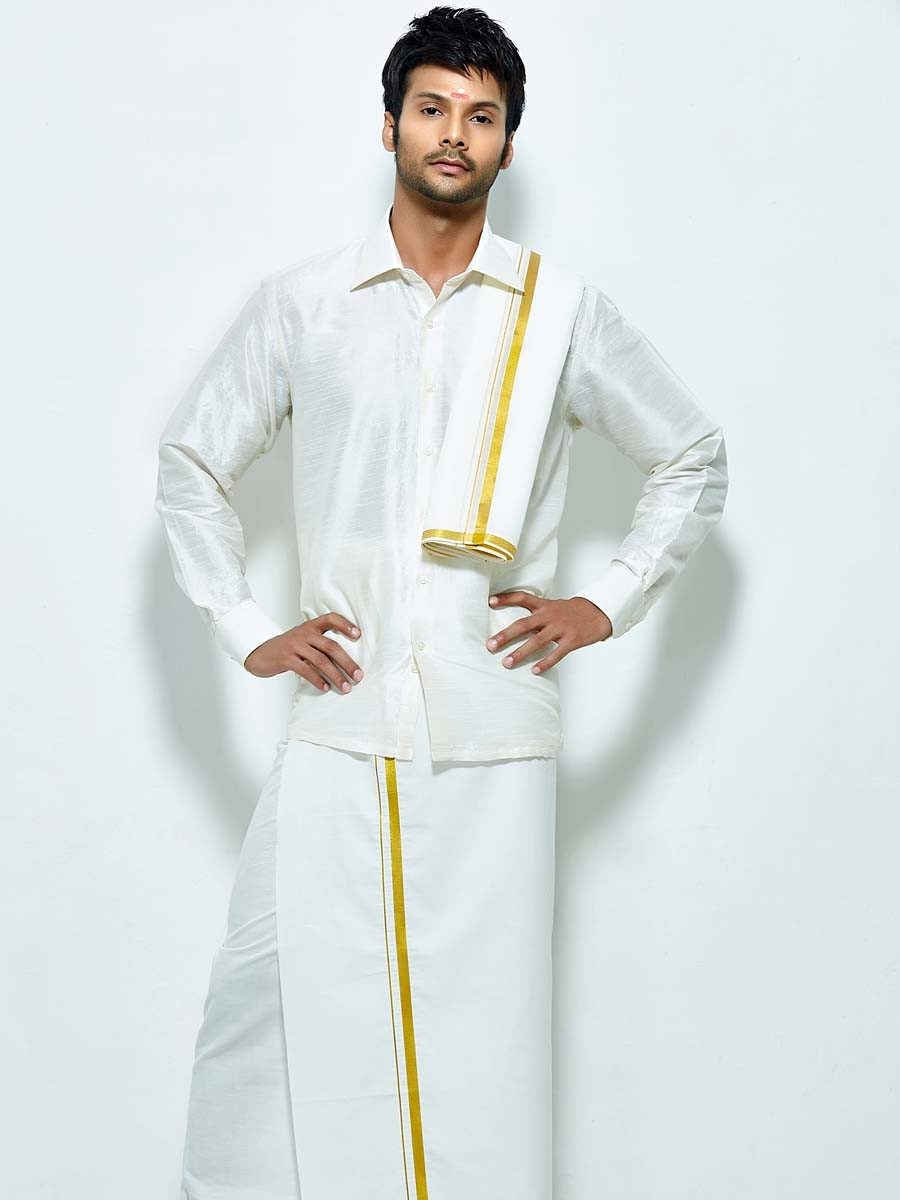 unique-south-indian-wedding-dresses-for-men-south-indian-groom ...