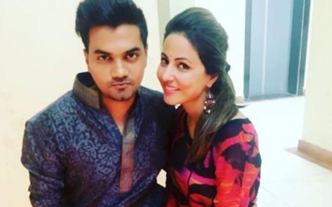 Hina Khan Got Trolled For Overacting When Her Boyfriend