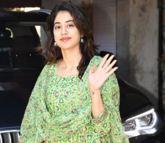 Janhvi Kapoor Flaunts Her Ethnic Airport Look Like A Pro! Check