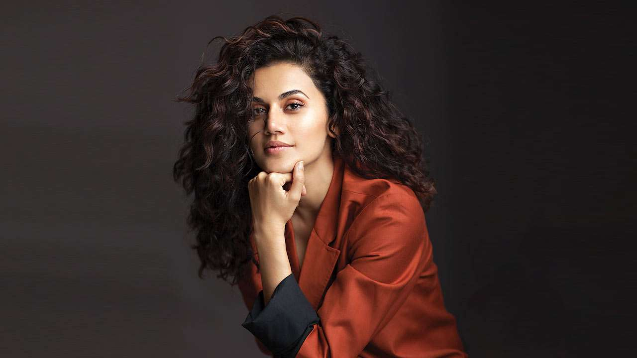 Delhi Elections 2020: Taapsee Pannu Casts Her Vote, Surprises Family