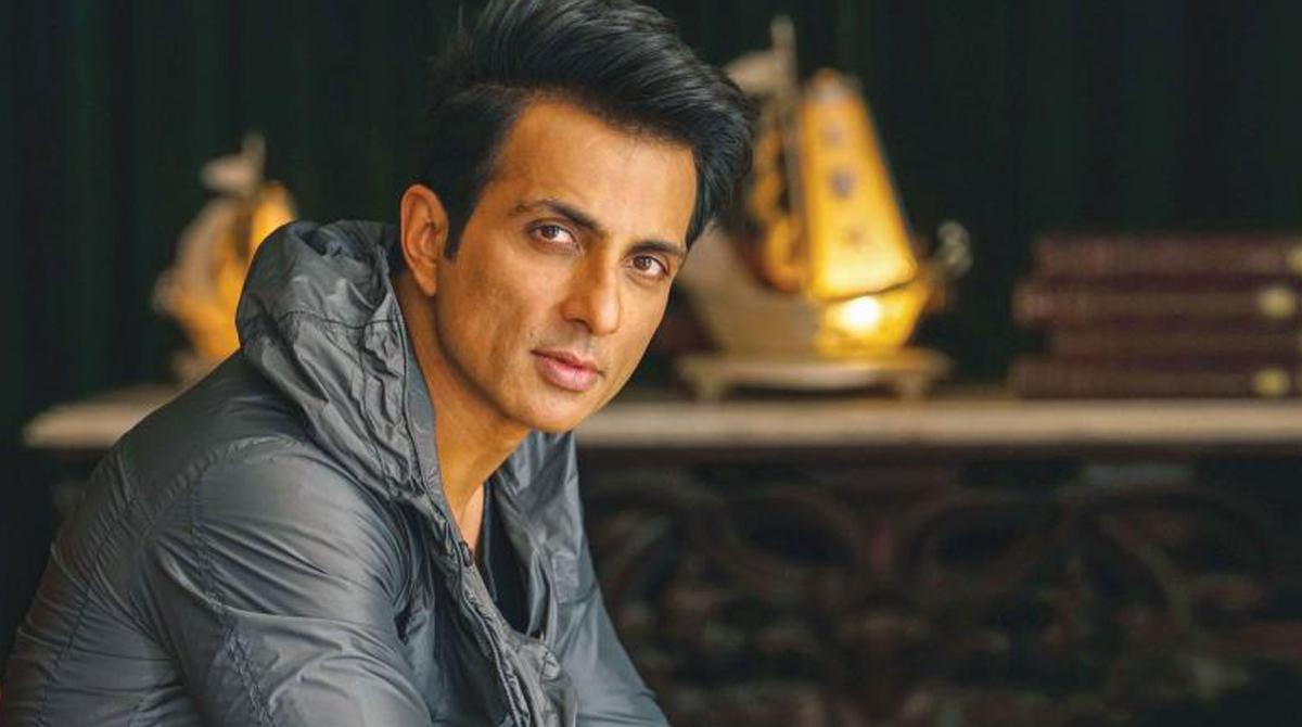 Man seeks Sonu Sood's help to meet girlfriend; Actor's reply is laudable