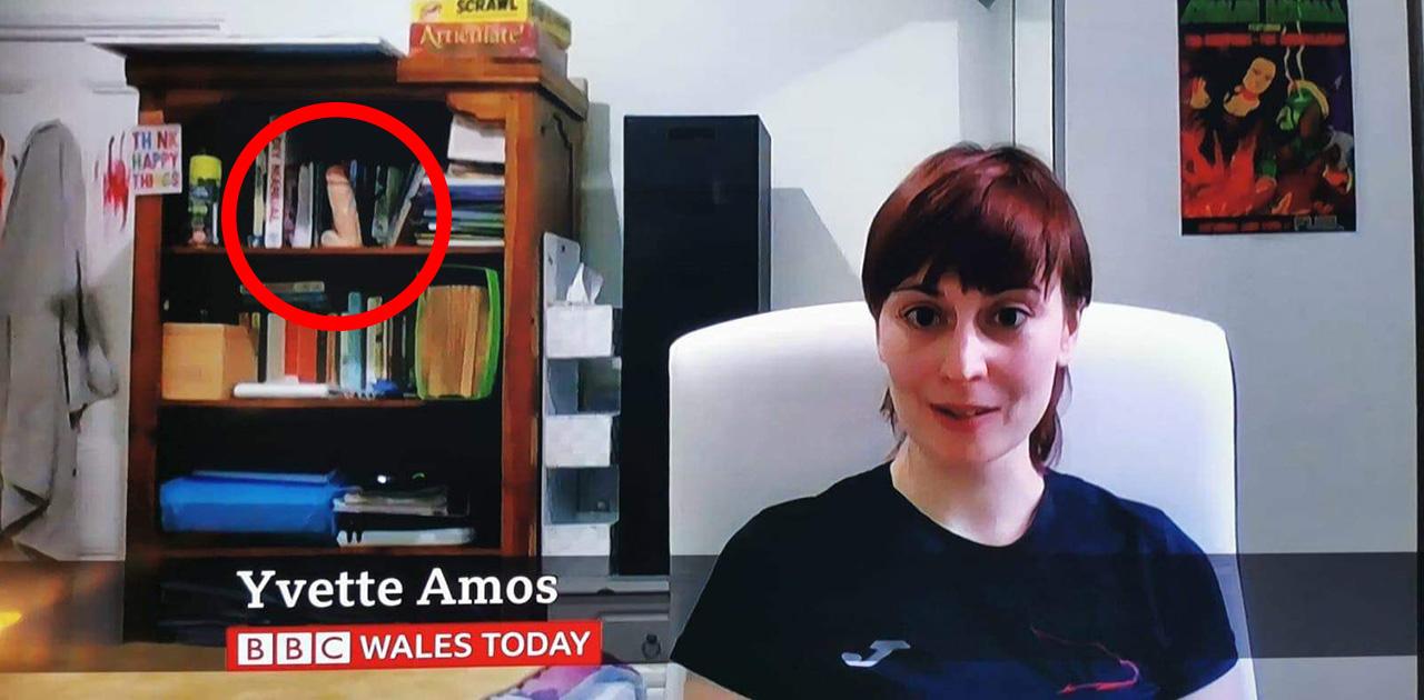 BBC पर बेरोजगारी पर बात कर रही लड़की, लोगों को शेल्फ पर दिखा कुछ ऐसा, मच गया बवाल